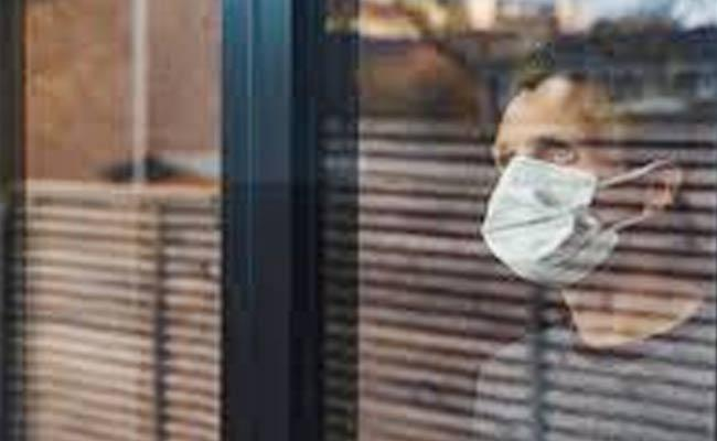 Men Are Less Like To Wear Face Masks They Think Sign Of Weakened - Sakshi