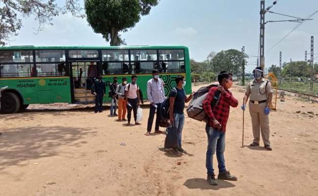 Bengaluru Transport Authority Preparedness To Start Buses Post Lockdown - Sakshi