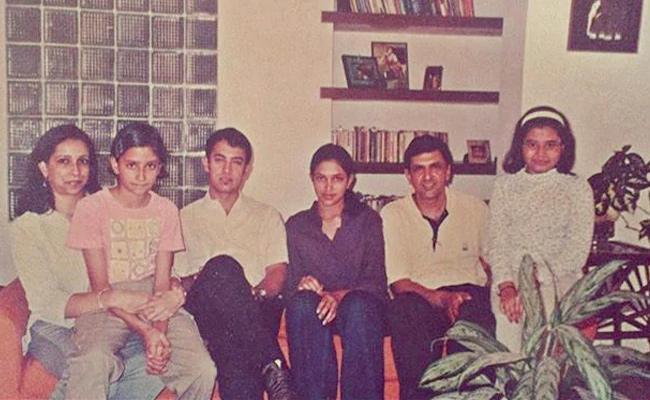 Deepika Padukone Major Throwback Pic With Aamir Khan - Sakshi