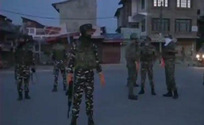 Hizbul Terrorist Killed In Encounter With Security Forces In Srinagar - Sakshi