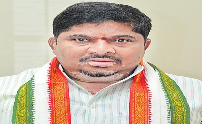 Ponnam Prabhakar Criticized Finance Minister Nirmala Sitharaman - Sakshi