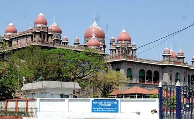 Telangana High Court Green Signal For Conducting Tenth Exams - Sakshi