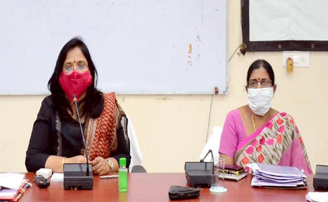 Collector Devasena Said Loan Waiver Deposits in Accounts - Sakshi
