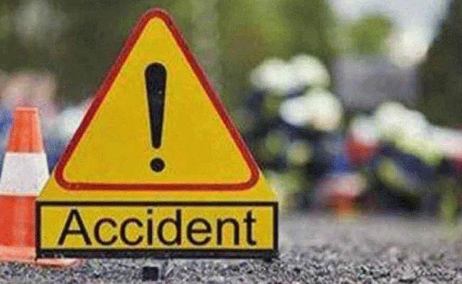 East Godavari People Three Deceased in Nalgonda Accident - Sakshi