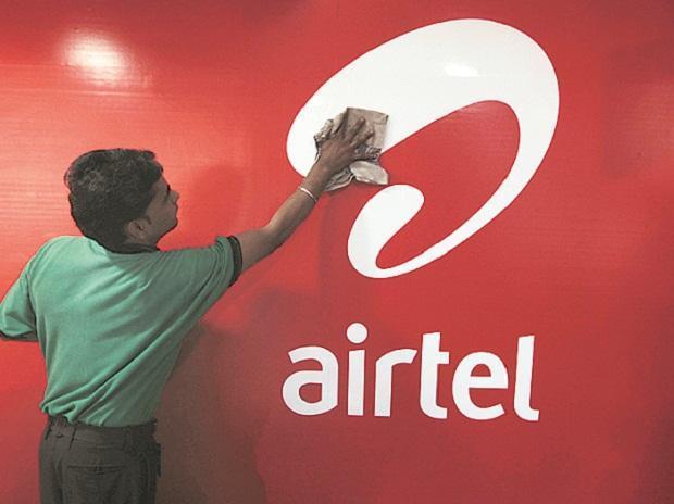 Bharti Telecom raises Rs 3,500 cr via CP - Sakshi