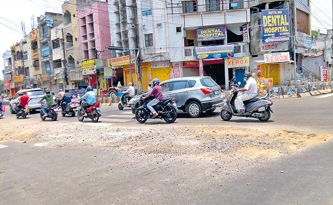 Road Works Incomplete in Hyderabad - Sakshi