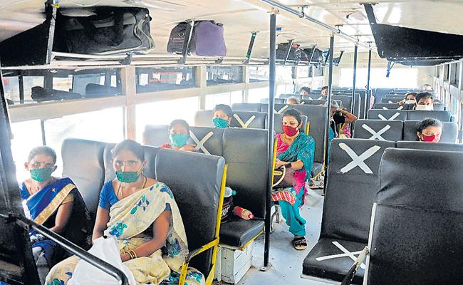 4 lakh people arrived to destinations via RTC buses in two days - Sakshi