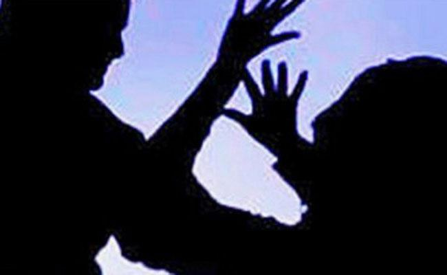 Minor Girl Molested In Ongole - Sakshi