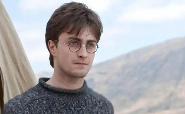 Daniel Radcliffe Said Harry Potter Turned Him Into An Alcoholic - Sakshi
