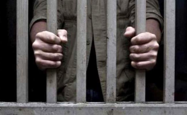 UP Govt Extends Parole Of Over 2234 Convicts By 2 Months - Sakshi