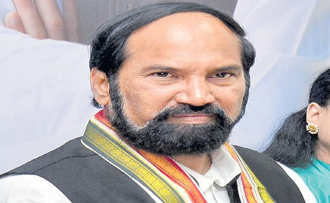 Tpcc Uttam Kumar Reddy Accused TRS Government Over Irrigation projects - Sakshi