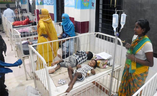 Childrens Recovering in RIMS Hospital Adilabad - Sakshi