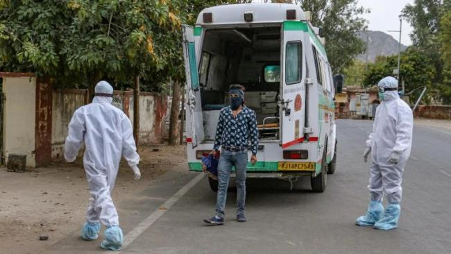 Himachal Congress Leader Booked for Obstructing Cremation of Corona Virus Patient - Sakshi