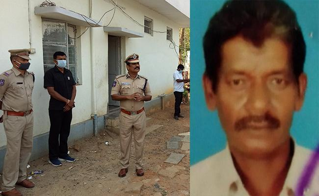 Accused Commits Suicide At Ramagundam Police Station - Sakshi