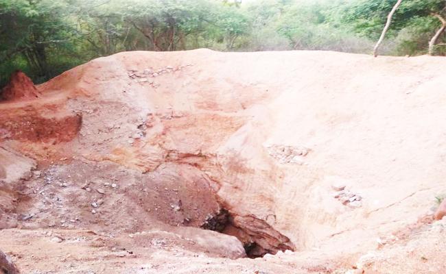 Excavations For Hidden Funds in Chittoor - Sakshi