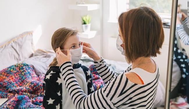 Study Says Wearing Masks at Home Stop Coronavirus Spread Among Family Members - Sakshi