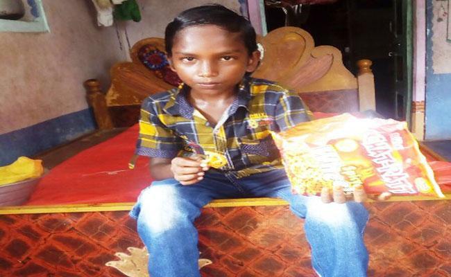 Boy Who Has Not Eaten Food For Nine Years In Prakasam - Sakshi
