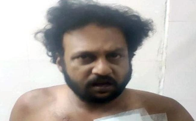 Knife Attack on Actress Maaya Son Vicky in Tamil nadu - Sakshi