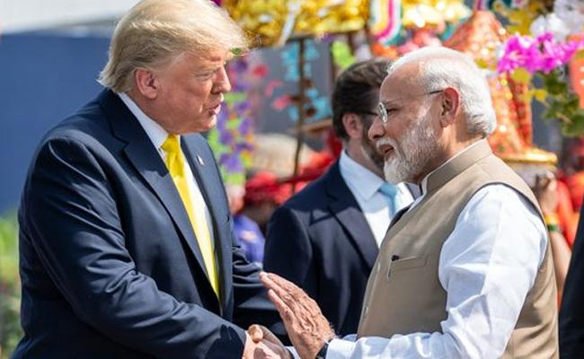 Namaste Trump event responsible for coronavirus India - Sakshi