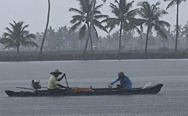 Mansoon Arrives In Kerala Within 24 Hours - Sakshi