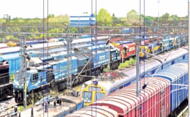 Lockdown: Huge Loss To TSRTC In Warangal - Sakshi