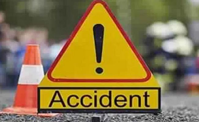 Three Friends Lost Breath In Road Accident At Chevella - Sakshi