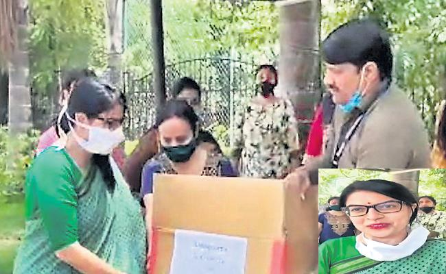 Eldeco Green Midge Society From UP Helping Towards Migrant workers In Lockdown - Sakshi