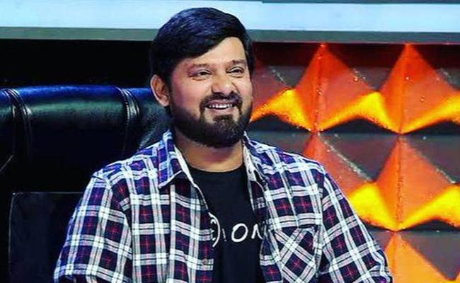 Music Director Wajid Khan Last Breath at 42 In Mumbai - Sakshi
