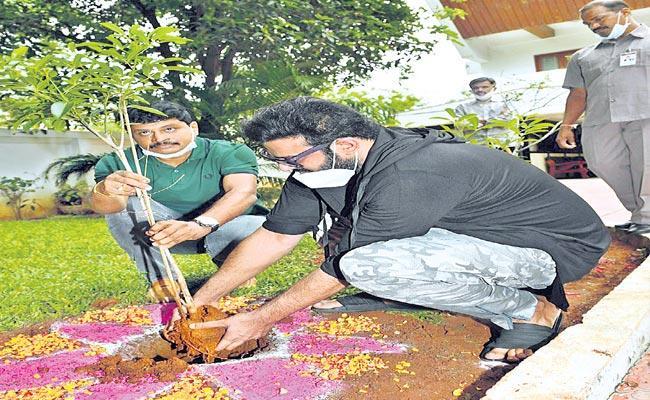 Rebel Star Prabhas Will Adopt The Reserve Forest - Sakshi