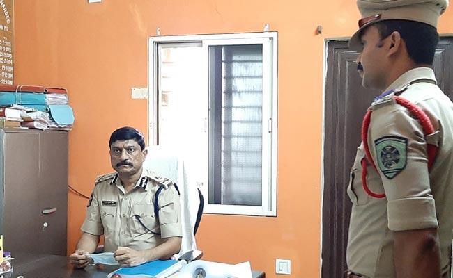Rowdy Sheeter Involved In Divya Murder Case - Sakshi