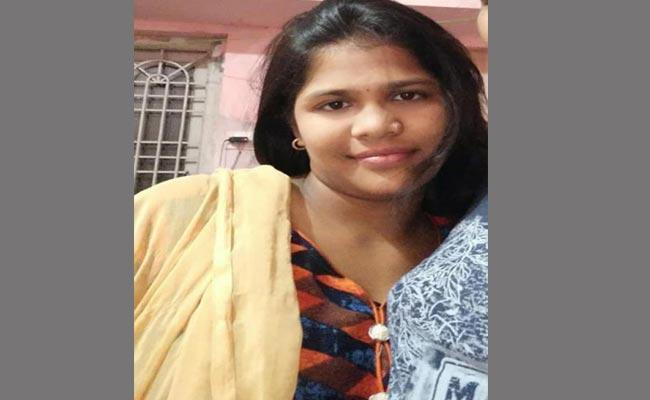 Vizag Divya Assassination Case - Sakshi
