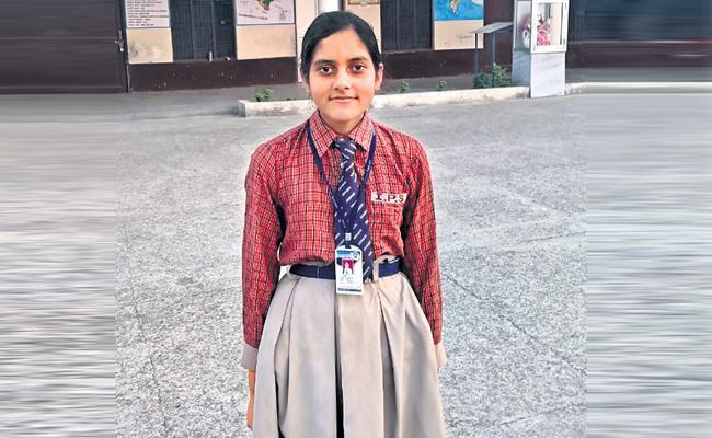 Himachal Pradesh Tanu Kumari Tenth State First Rank Special Story - Sakshi