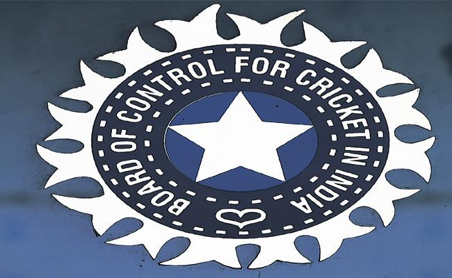 BCCI employees are not allowed to talk to the media - Sakshi
