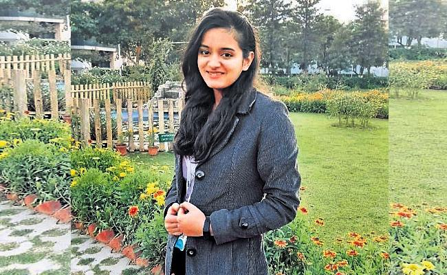 HCU Student Vani Gupta Selected for Grace Hopper Scholarship - Sakshi