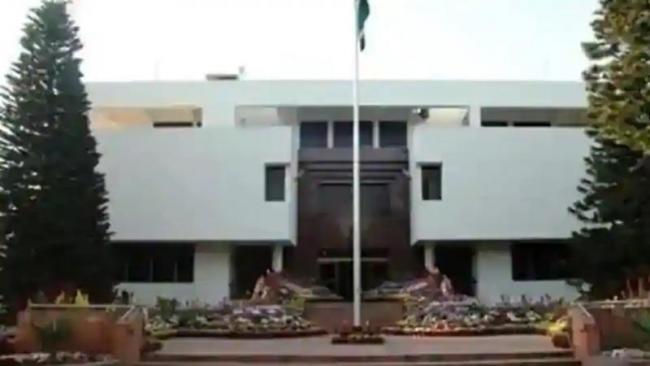 2 Indian Staffers Were Tortured in Pakistan - Sakshi