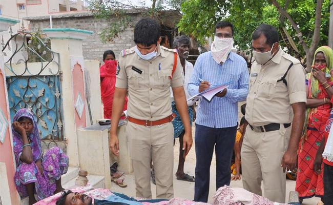 Husband Commits Suicide With Wife Harassment in Prakasam - Sakshi