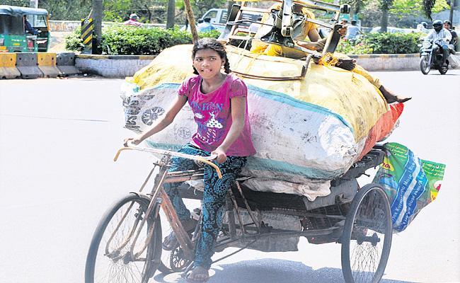 Child labour Is Increasing In Telangana Due To Lockdown - Sakshi