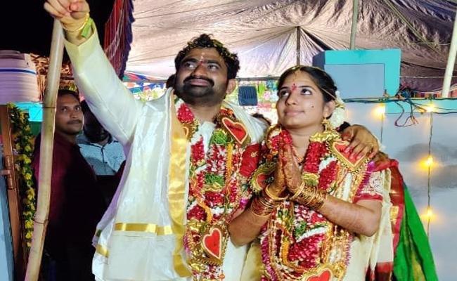 New Married Couple Deceased in Road Accident West Godavari - Sakshi