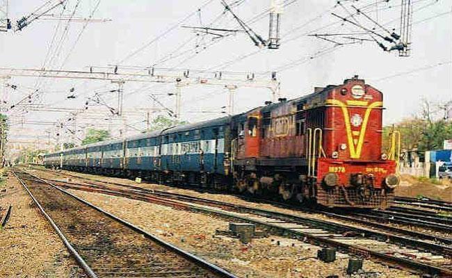 After Lockdown Telangana Express Was Earlier In Secunderabad Division - Sakshi