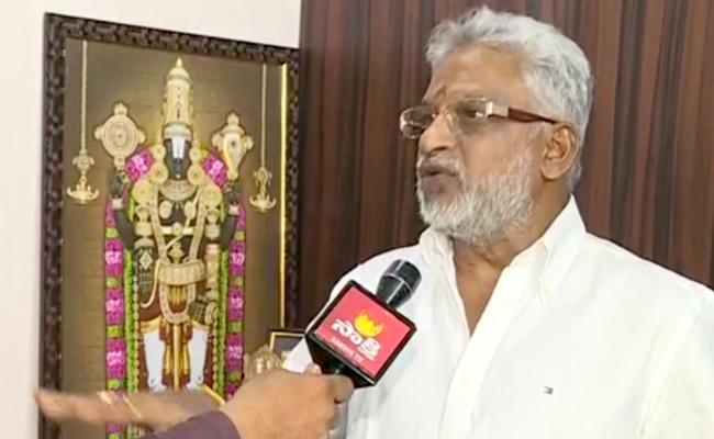 YV Subba Reddy Says Three Days Trial Run For Srivari Darshanam - Sakshi