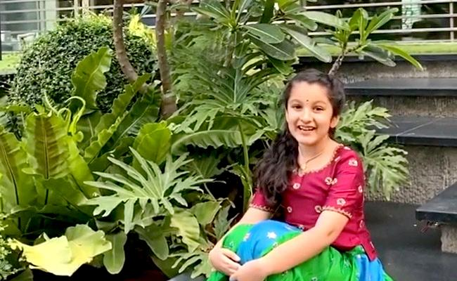 Yoga Day 2020: Sitara And Adhya Post A Special Video - Sakshi