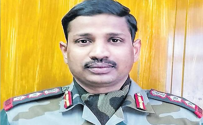 Col Santosh Babu Fought the Chinese in Galwan Valley and led his troops - Sakshi