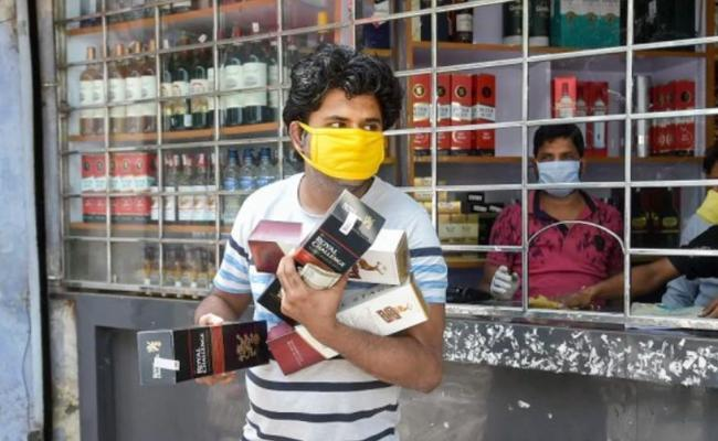 Bar Owners Smuggling Alcohol From Telangana - Sakshi