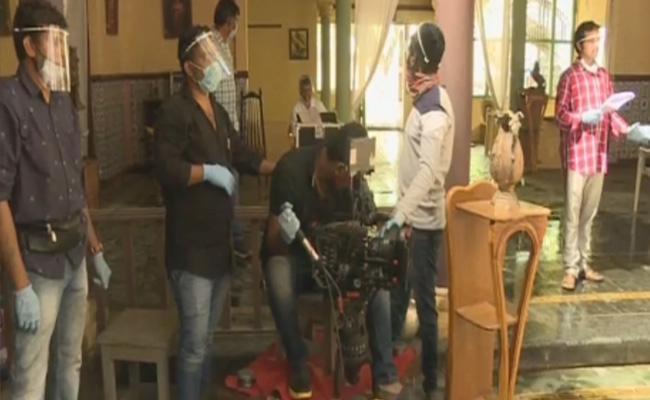 Telugu Serial Actor Gets Corona Positive - Sakshi