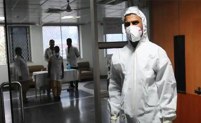 Coronavirus Help Line Center in Vijayawada - Sakshi