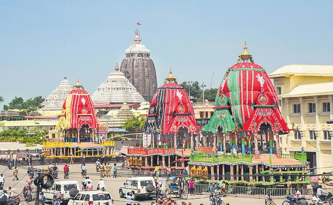 Supreme Court allows Puri Jagannath Rath Yatra with no public attendance - Sakshi