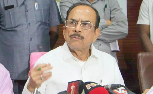 Home Minister Mahmood Ali Said The Police Should Not Lose Morale - Sakshi