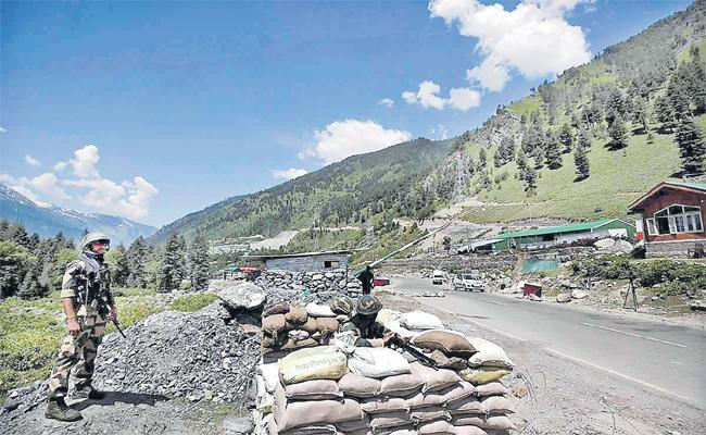 Frank Odonnell Guest Column On Ladakh Incident Gives More Lessons To India - Sakshi