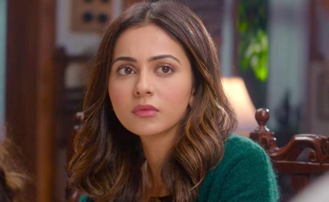 Rakul Fire On Fake News Over Refusing To Shoot For Sivakarthikeyan Movie - Sakshi