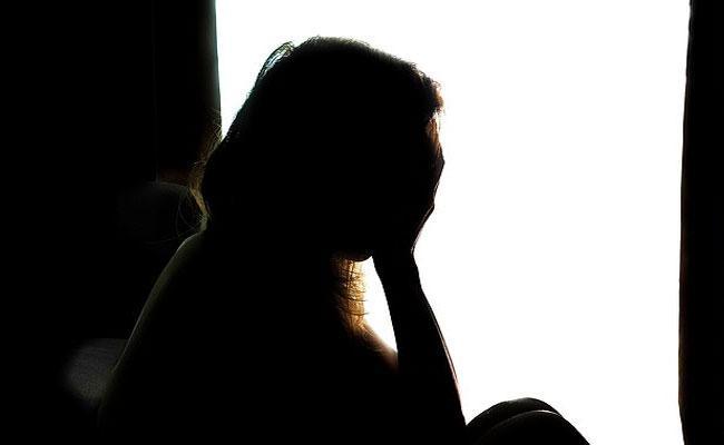 Man Molested His Daughter After Giving Sleeping Pills In bangalore - Sakshi